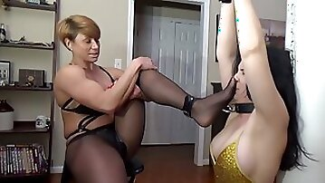 Rapture Tilly and a Pool table - lesbian domination
