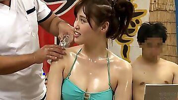 Super-sexy wifey in bathing suit experiences lubricious oil and screws masseuse