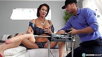 Vanessa Videl first action with sex machine