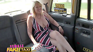 Chick fake Taxi Blonde milf cums on killer redheads tongue