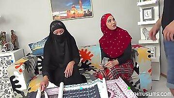 Elisa Tiger & Chloe Lamour - Muslim slut fucks for posters
