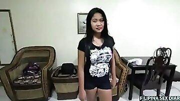 Big tt filipina fucks and sucks
