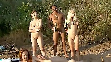 Teens are posing and pissing outdoors