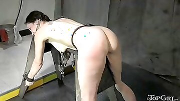 Mature paintoy emma gets degraded and straponed by rain degrey