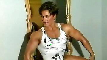 Elder muscular gal flex worship & armwrestle