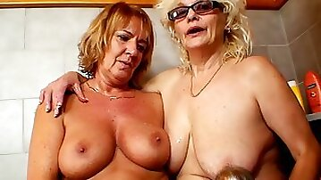 Moms are eager to play nasty