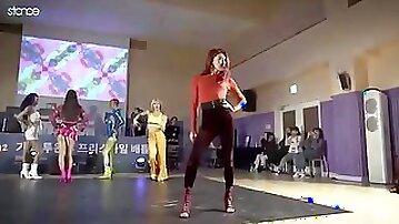 Kardashiba Korean cute drag queens