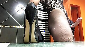 Bondex - Jizz over fetish high-heeled shoes bodystocking