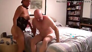 Lucky old white guy finds mature ebony whores