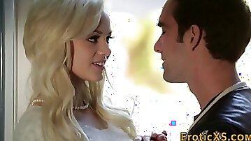 Pretty blonde gets oral