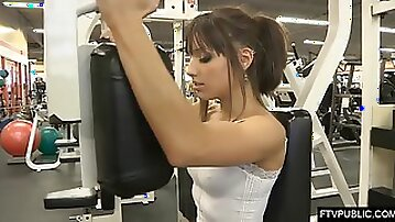 Showing Knockers and Fuckbox at the Gym