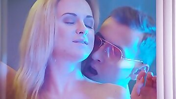 Vinna Reed lets a stranger inside all her little holes in a hotel room
