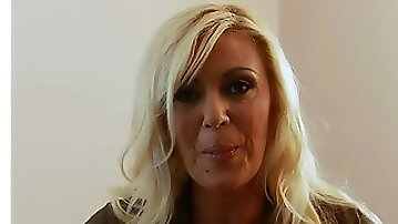 Incredibly good mature blonde gets fucked real good