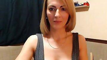 Sexy cougar milf webcam masturbation
