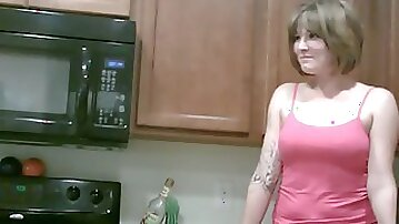 Housewife wants to be a model