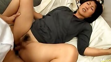Tight Mature Pussy Gets Fingered And Fucked Deep