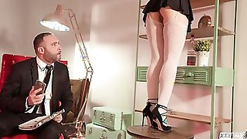 Erotic prostitute Taissia Shanti gets certainly swanky grind
