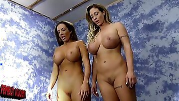 Fingering after the catfight was the idea of horny lesbian Eva Notty