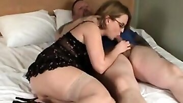 Lusty Housewife Banged And Facialised Because She Likes It