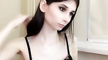 Skinny pale goth trap on cam